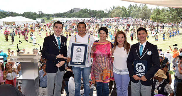 Largest ancient ceremonial Mexican dance certificate presentation