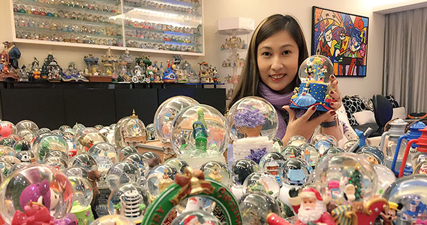 Largest collection of snow globes Wendy Suen