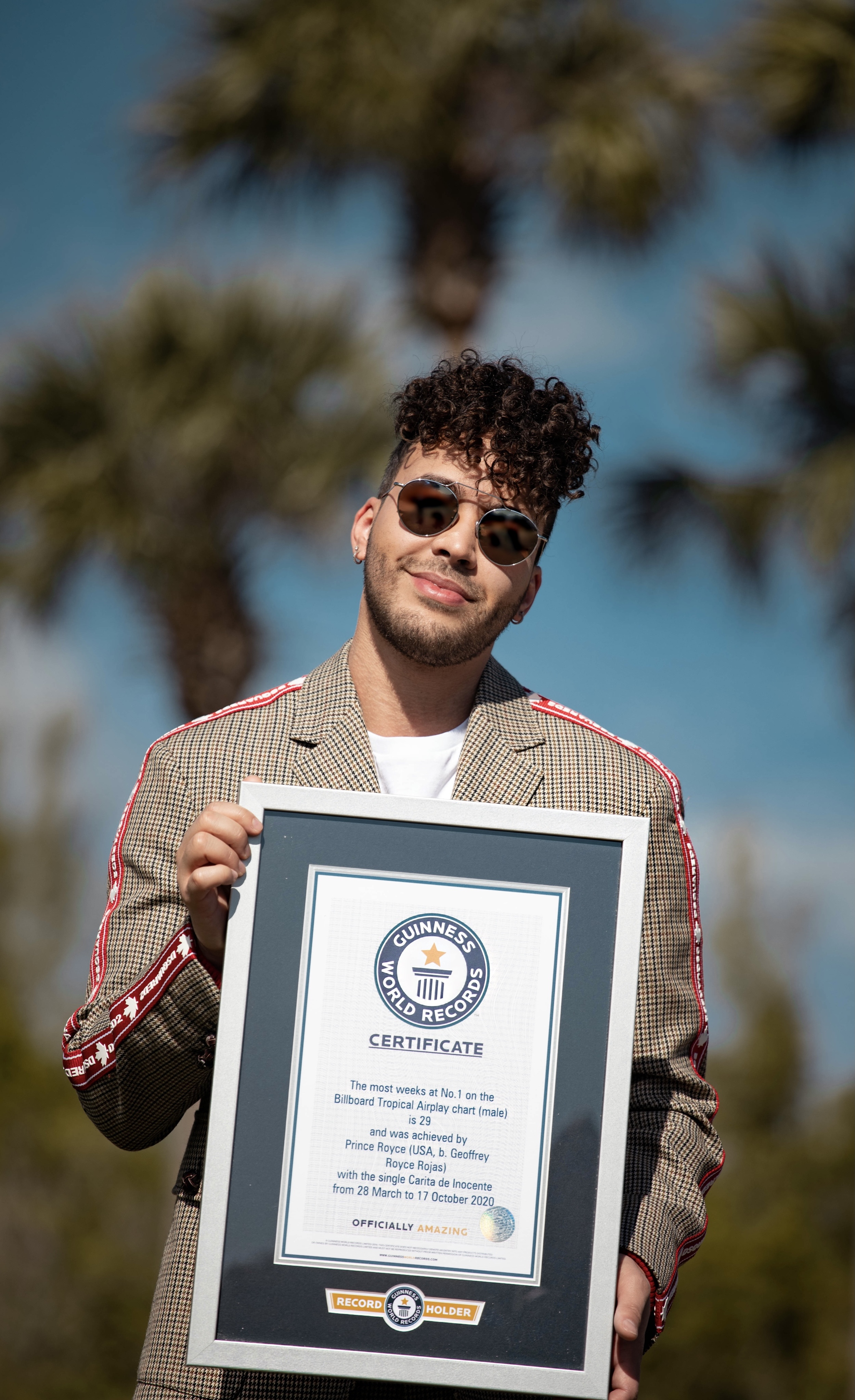 Prince Royce with GWR certificate